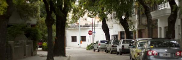 El barrio de Agronomía se convierte en un laberinto para automovilistas.