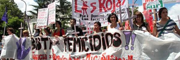 Organizaciones sociales reclaman ante el incremento de femicidios.