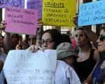 Los padres de alumnos reclaman vacantes para escuelas porteños.