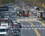 Comenzarán a construir el metrobus a Vicente López.