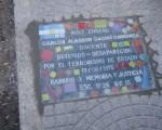 Cacho Carranza reconocido en una baldoza.