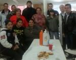 Integrantes de la comuna 8 con los dirigentes de AGRUPAR.