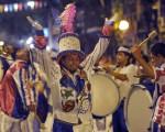 El carnaval llena de color y brillo la Ciudad.