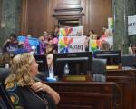Legisladores votaron la ley antidiscriminación.