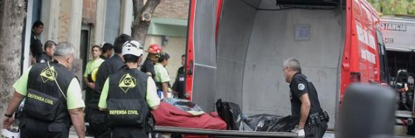 Dos menores perdieron la vida en un taller clandestino.