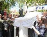 Descubren el busto de Perón en la Comuna 6.