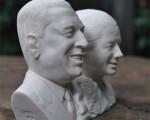 busto-doble-de-resina-simil-marmol-de-peron-y-eva-14163-MLA20083884081_042014-O